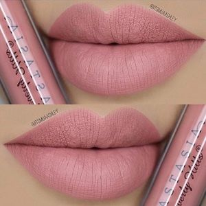 "ABH Liquid Lipstick-""Crush"" mini"